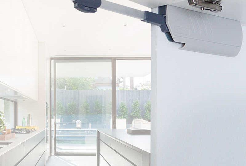 amortiguadores-para-puertas-de-armarios-de-cocina-tips-para-decorar-en-tu-cocina