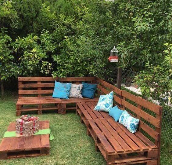 bancos-de-jardin-de-piedra-consejos-para-montar-el-jardin