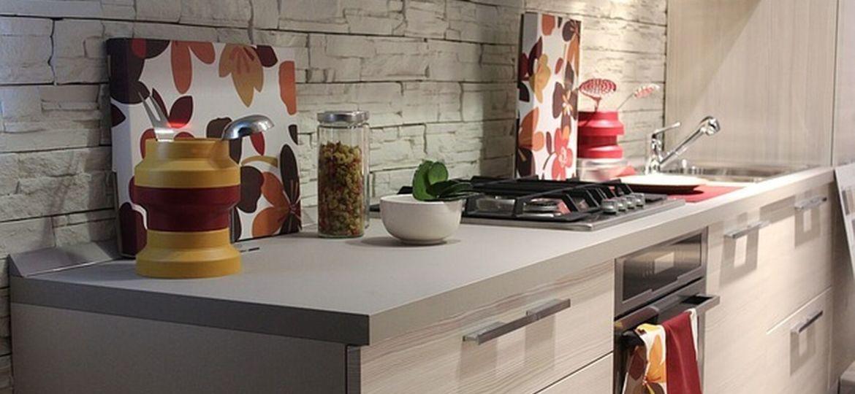 bote-utensilios-cocina-trucos-para-decorar-en-la-cocina
