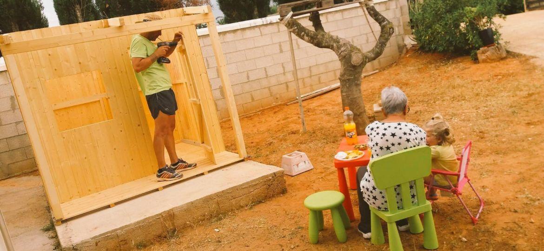 casitas-infantiles-de-jardin-consejos-para-montar-el-jardin