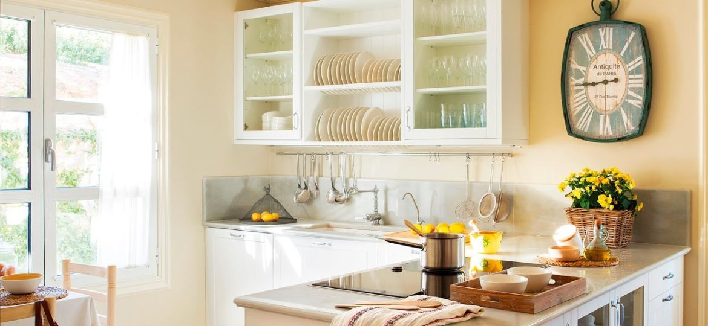 cocina-blanco-y-madera-consejos-para-instalar-en-tu-cocina