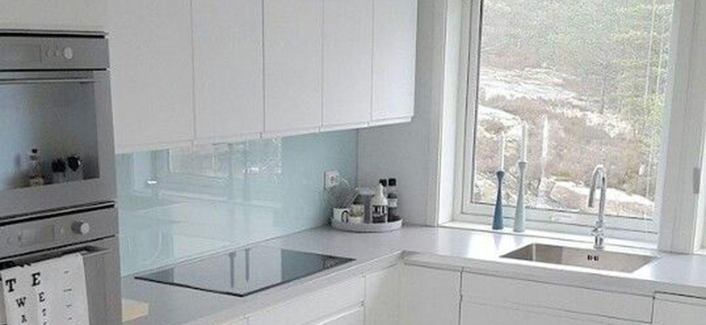 cocina-naranja-y-gris-trucos-para-instalar-en-la-cocina