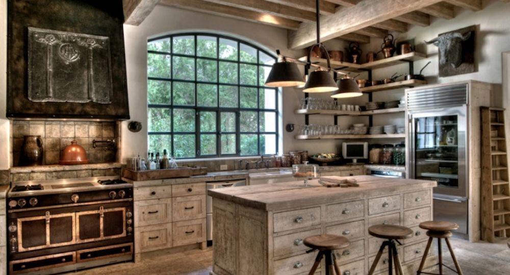 cocina-rustica-pequena-consejos-para-comprar-en-la-cocina