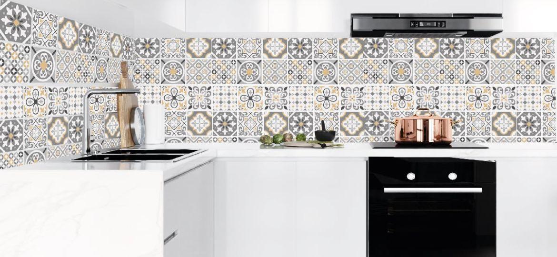 cocinas-con-vinilos-decorativos-consejos-para-instalar-en-tu-cocina