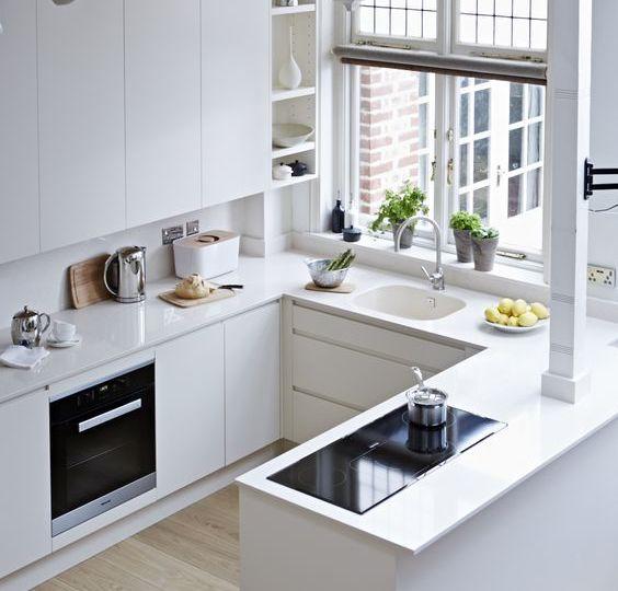 cocinas-moradas-y-blancas-tips-para-comprar-en-tu-cocina