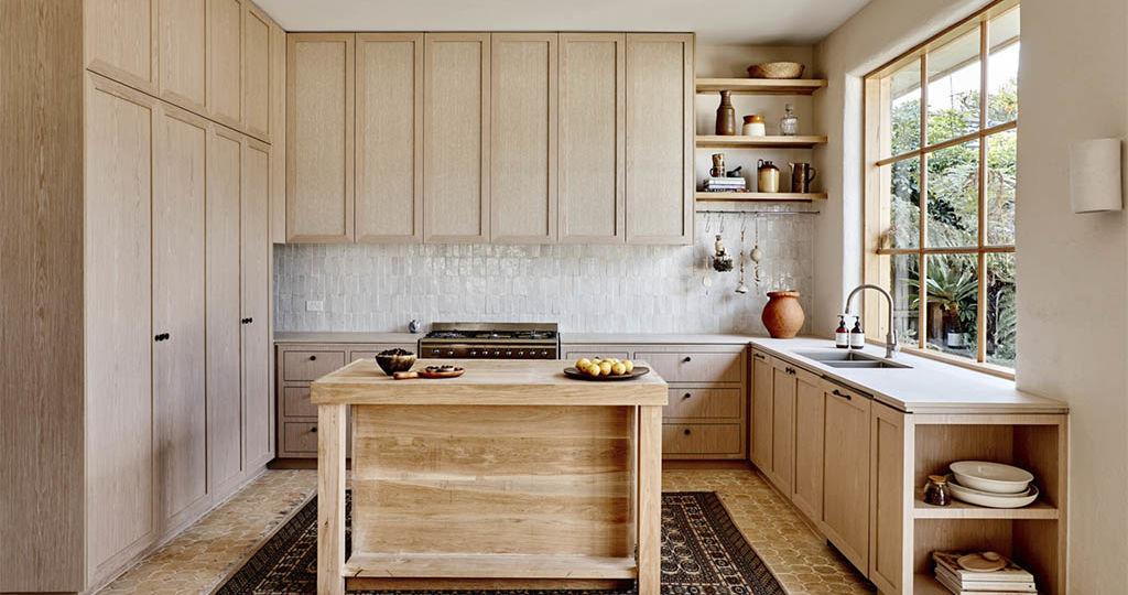 cocinas-rusticas-de-obra-pequenas-trucos-para-montar-en-tu-cocina