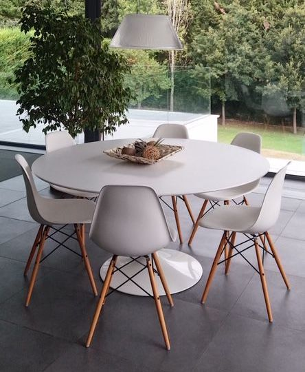 conjunto-mesa-y-sillas-salon-tips-para-instalar-la-mesa