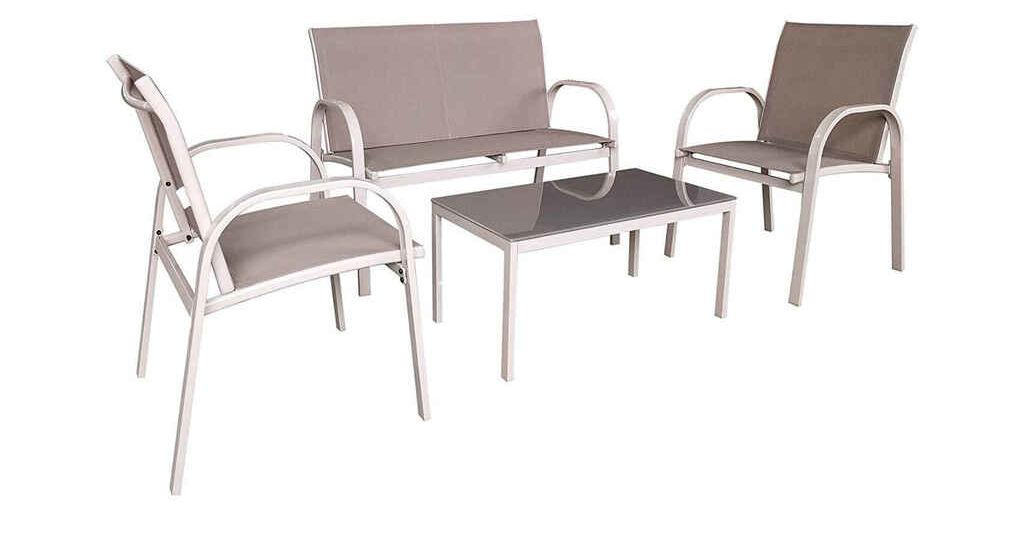 conjuntos-de-mesas-y-sillas-de-jardin-consejos-para-mantener-tu-jardin
