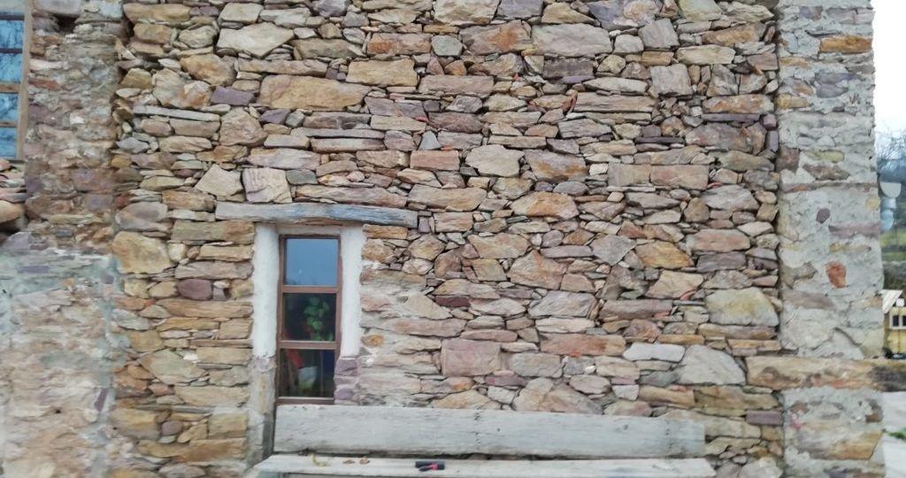 fachadas-de-piedra-y-ladrillo-consejos-para-montar-en-tu-terraza