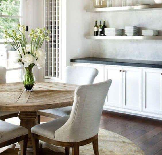 mesas-de-centro-redondas-modernas-trucos-para-montar-la-mesa