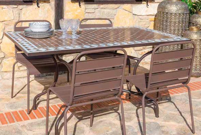 mesas-de-jardin-de-hierro-tips-para-comprar-tu-jardin