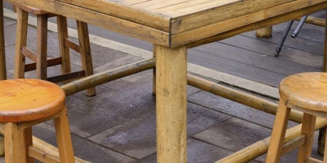 mesas-de-jardin-de-madera-tips-para-mantener-el-jardin