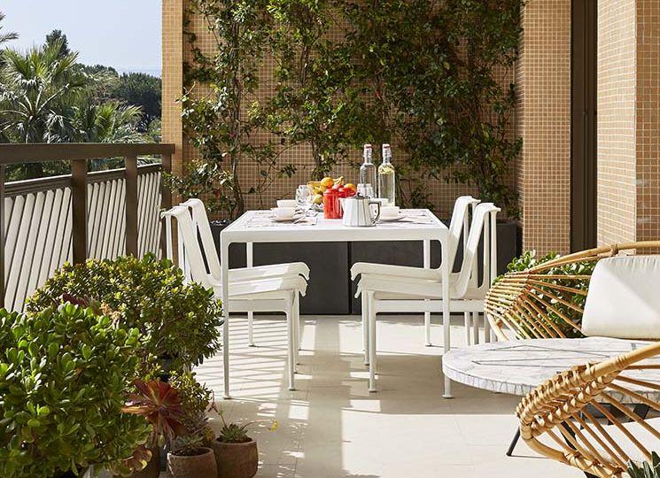 mesas-de-jardin-de-piedra-artificial-ideas-para-mantener-tu-jardin