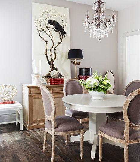 mesas-redondas-de-comedor-de-diseno-consejos-para-instalar-la-mesa