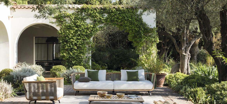 mesas-y-sillas-de-jardin-tips-para-instalar-tu-mesa