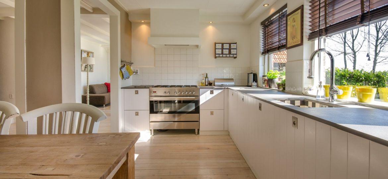 muebles-de-cocina-gris-tips-para-instalar-en-tu-cocina