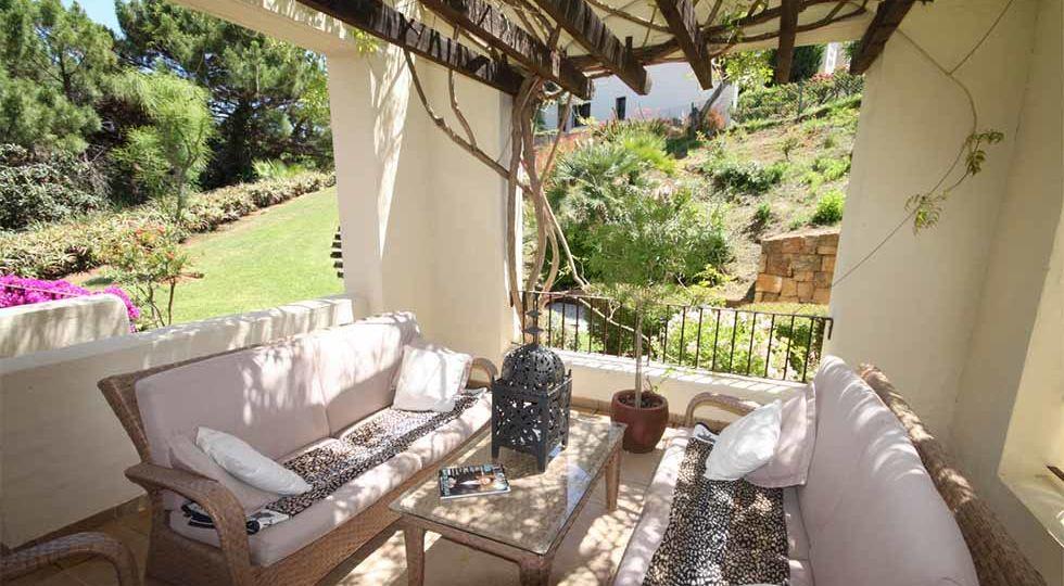 muebles-de-jardin-barcelona-tips-para-mantener-el-jardin