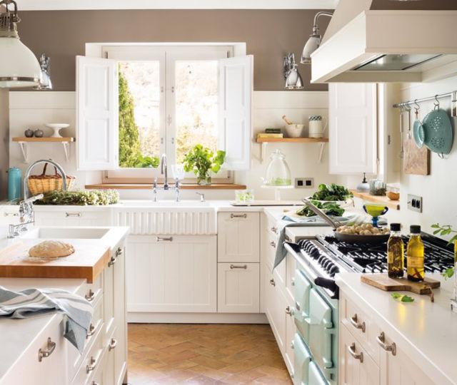 pintura-para-puertas-de-cocina-consejos-para-instalar-en-tu-cocina