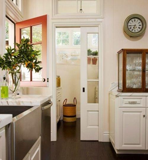 puerta-corredera-cristal-cocina-trucos-para-decorar-en-tu-cocina