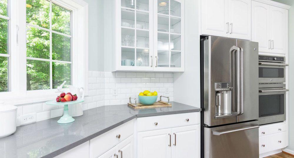 puertas-de-cristal-para-cocinas-consejos-para-instalar-en-tu-cocina