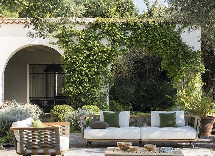 puertas-de-madera-para-jardin-trucos-para-decorar-el-jardin