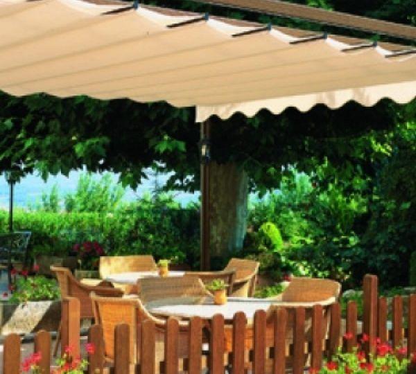 toldos-para-patios-pequenos-tips-para-montar-en-tu-terraza