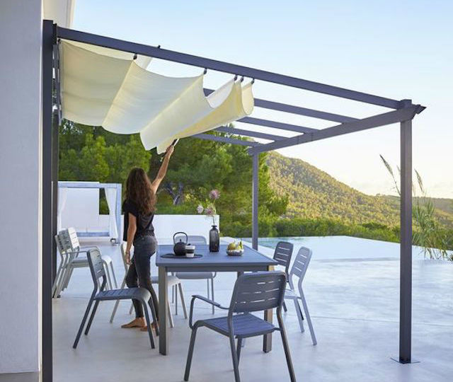 toldos-para-ventanas-exteriores-ideas-para-instalar-en-tu-terraza